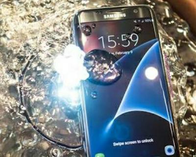 Handphone Android Anti Air Tercanggih 2