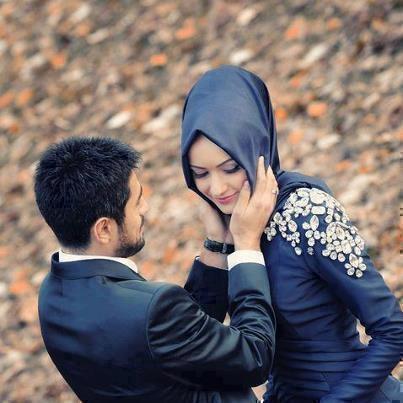 Beginilah Seharusnya Sikap Seorang Suami Memperlakukan Istri Tercintanya
