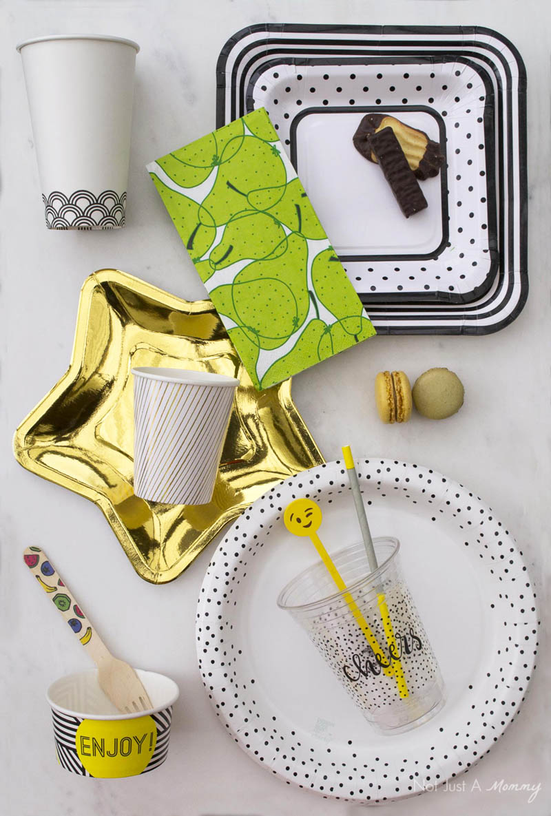 Pretty and Disposable Partyware Makes Your Life Easy