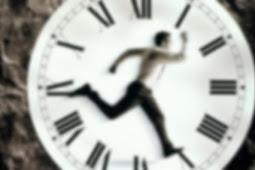 Jangan mau dipaksa kerja lebih dari 8 jam ! Ini resiko kesehatan yang mungkin kamu alami jika kerja berlebihan !