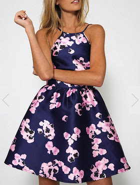 http://www.romwe.com/Spaghetti-Strap-Backless-Florals-Flare-Dress-p-151253-cat-722.html?utm_source=provarexcredere1.blogspot.it&utm_medium=blogger&url_from=provarexcredere1