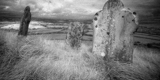 Kisah Nyata Beranak dalam Kubur