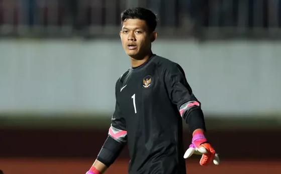 AGEN BOLA - Kiper Timnas Indonesia U-19 Jalani Pemeriksaan MRI Malam Ini