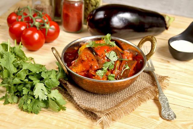 Wegańskie curry z bakłażana i papryki