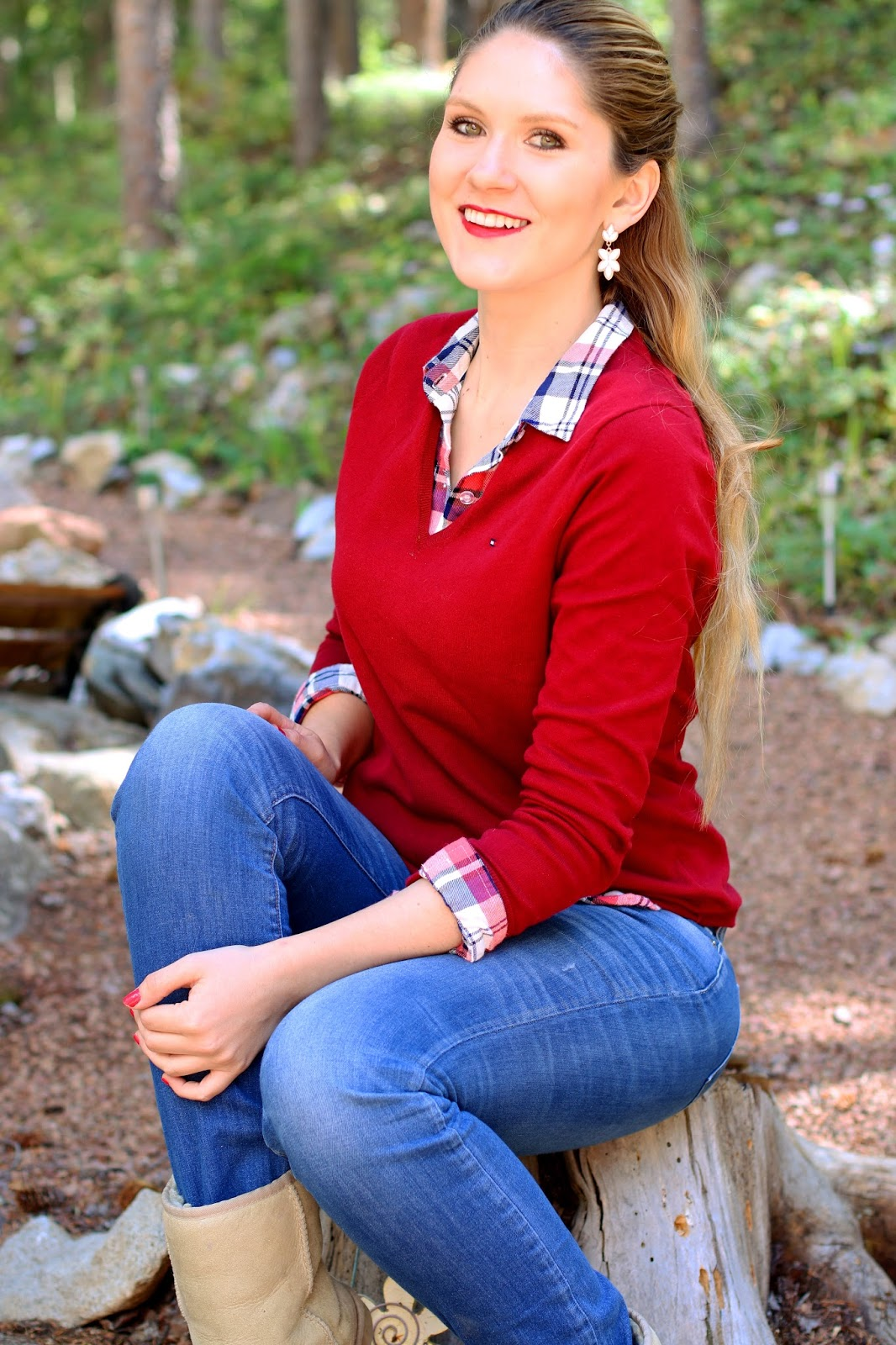 Layer plaid shirts under simple v-neck sweaters for a cute fall Outfit!