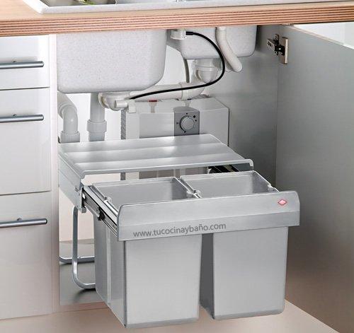 Muebles fregadero video cocinas con muebles fregadero for Armario platero cocina