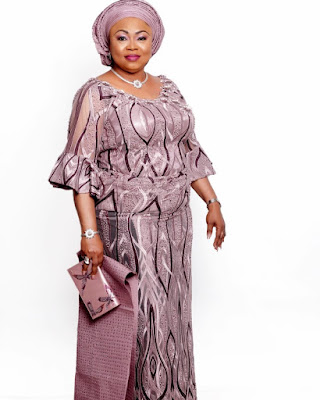 Juju Singer Queen Ayo Balogun fashion and style looks