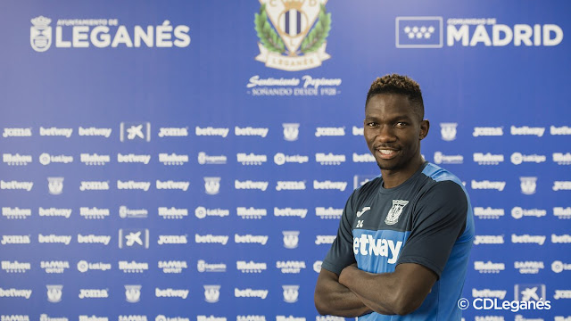 Super Eagles defender Kenneth Omeruo pose for a picture on his Leganes unveiling