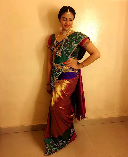 Anchor Sreemukhi Latest Saree Stills