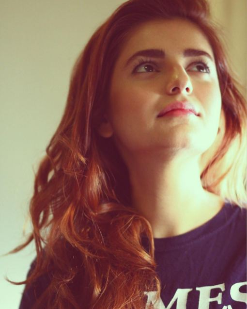 momina mustehsan hd photos