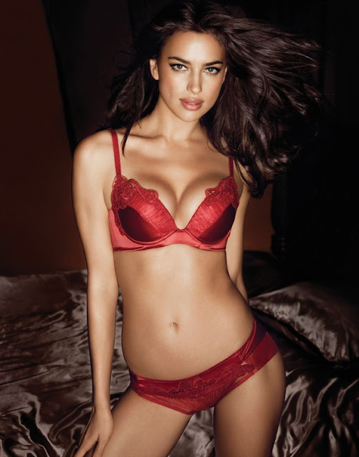 Irina Shayk Hot Post