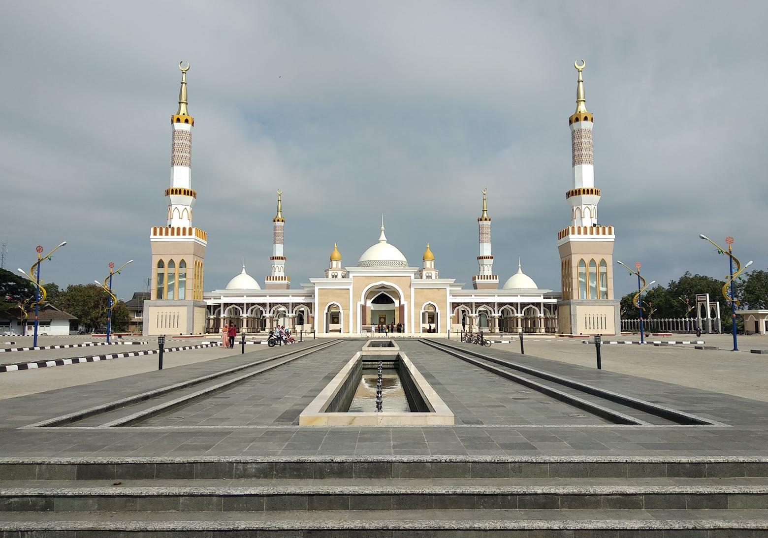 Masjid Islamic Center Abdul Manan Indramayu Galeri Foto Indramayu