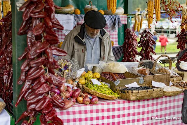 Orozko, Mercado de Santa Lucía por El Guisante Verde Project