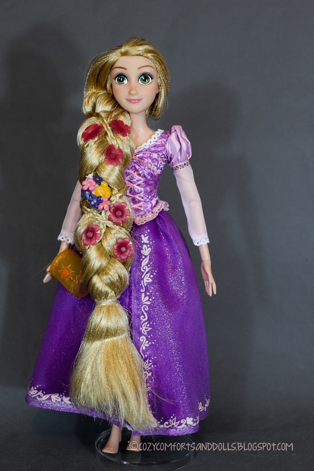 Cozy Comforts and Dolls: Disney's Rapunzel Deluxe Feature ...  Cozy Comforts a...