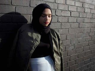 jaket bomber wanita plus Hijab