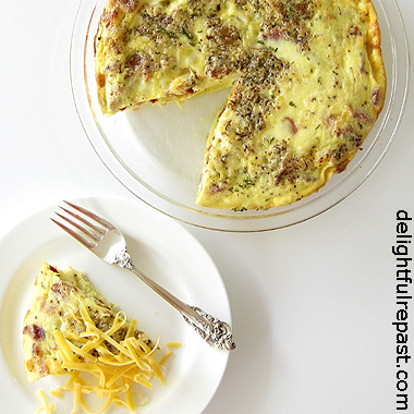 Bacon and Egg Pie - Crustless, So Naturally Gluten-Free (can be made dairy-free) / www.delightfulrepast.com