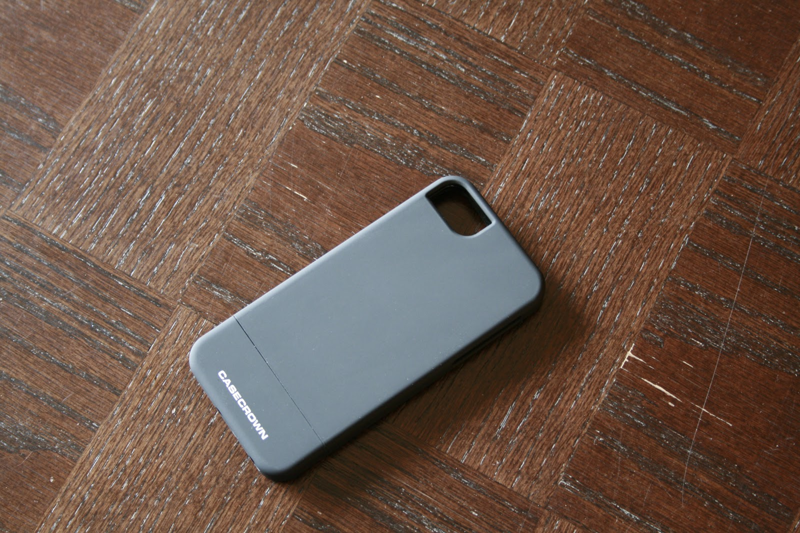 online retailer 79918 1a782 My i Tech Gadgets: CaseCrown Lux Glider For iPhone 5 Review