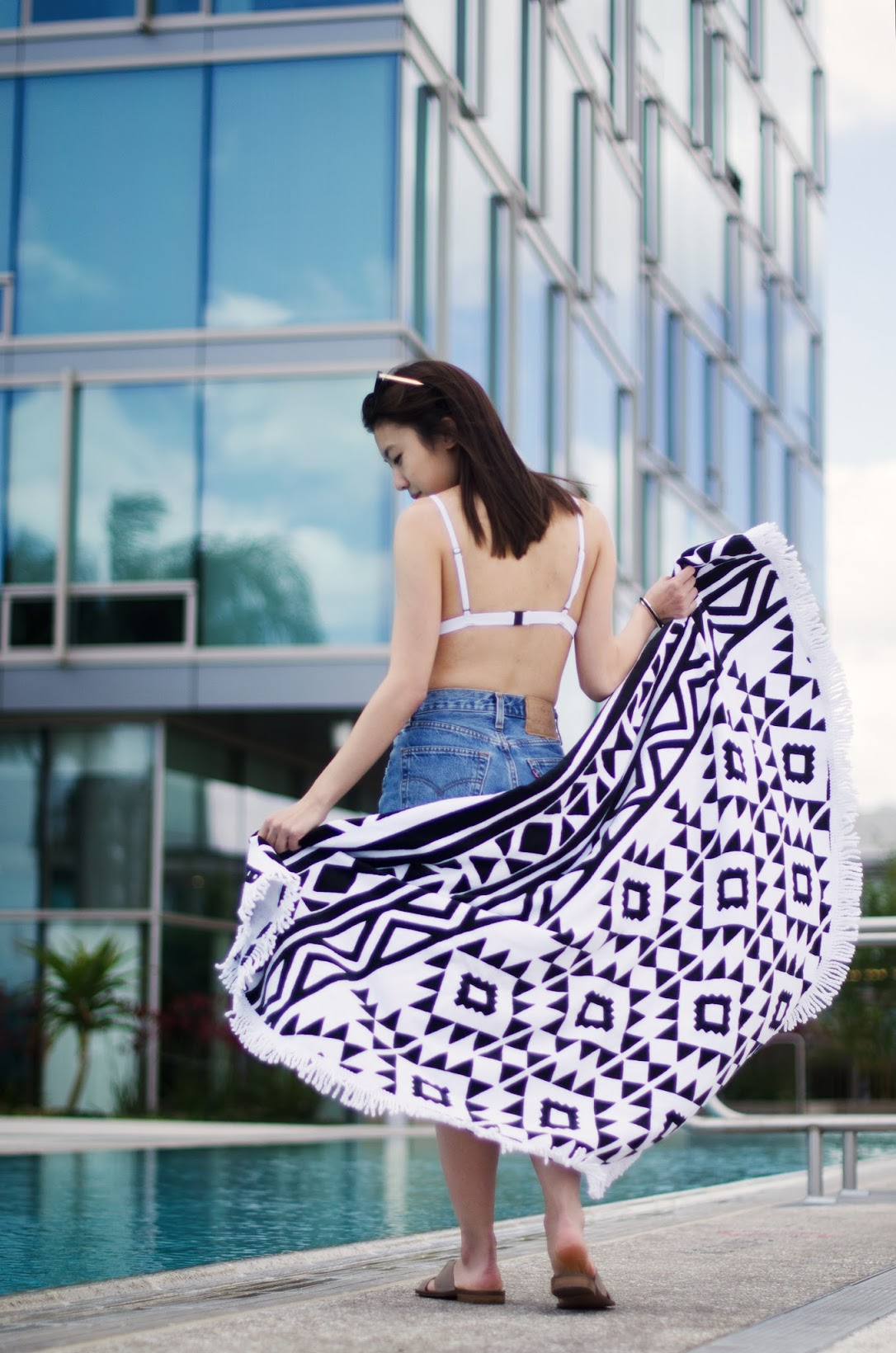 summer essentials triangl bikini and round beach towel