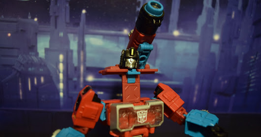 Takara Tomy Transformers Legends Perceptor LG56 review