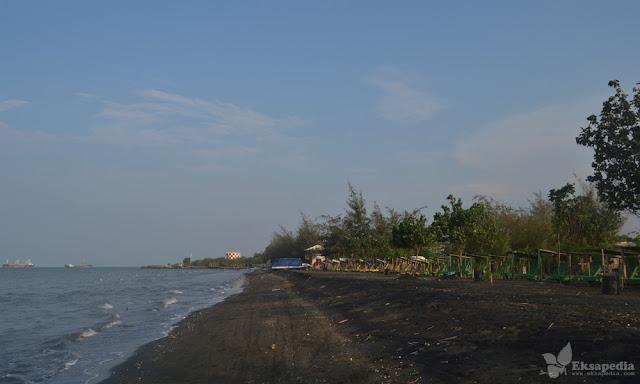 Pantai Ngebum Kaliwungu