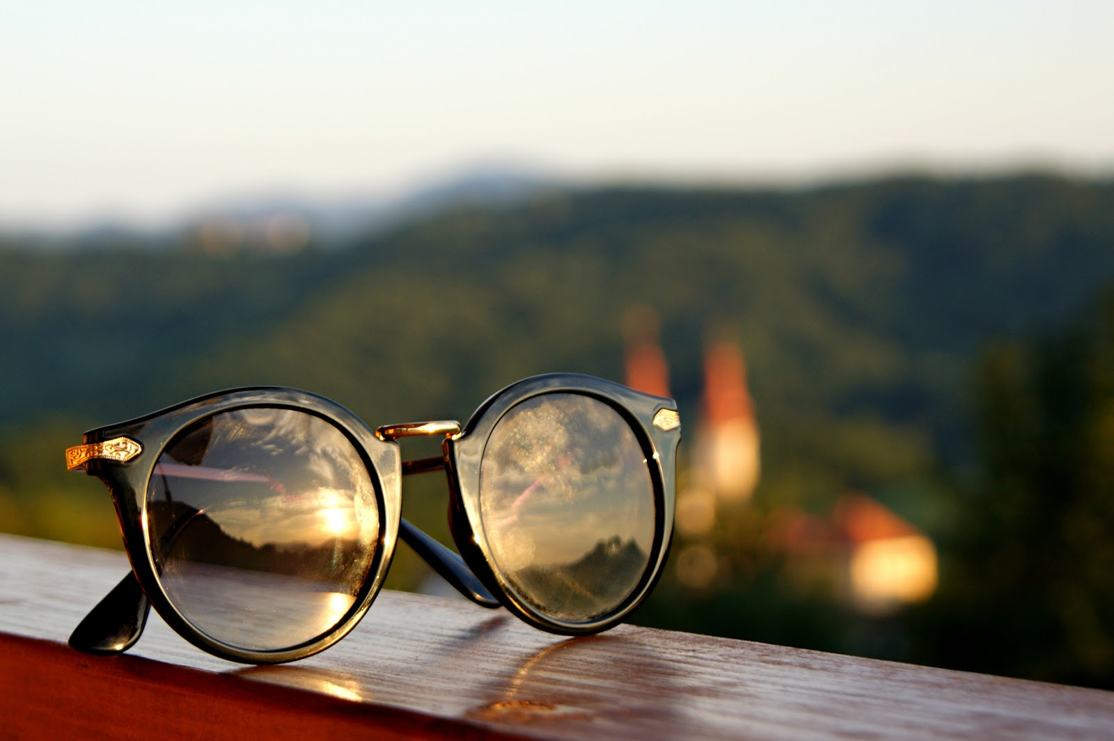 Keating Young: GlassesShop sent me Glasses!