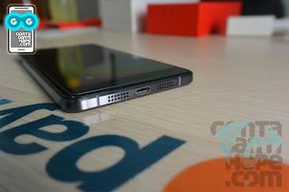 OnePlus X - Sisi bawah