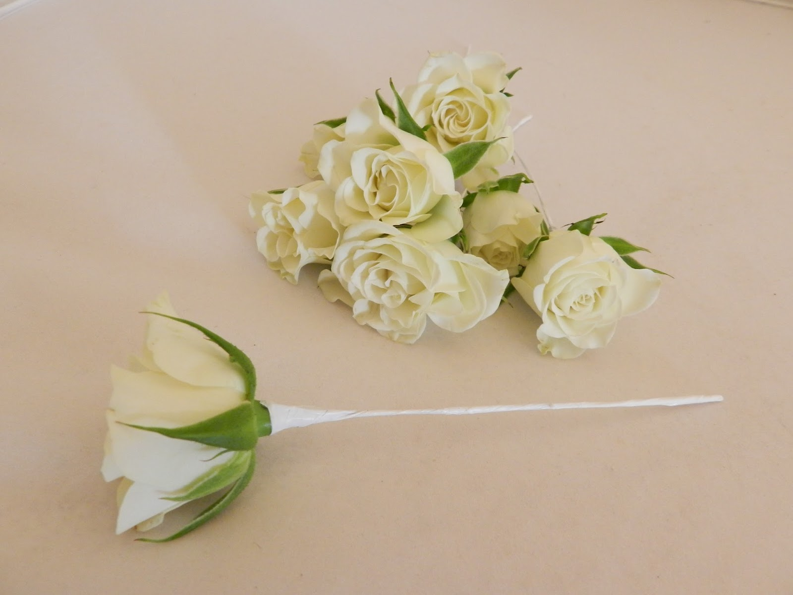 Sandras Flower Studio White And Ivory Wedding Flowers