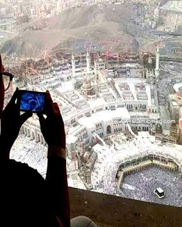 selfie-at-allah-mosque