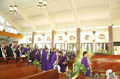 GP Bà Rịa: Thánh lễ an táng Cha Cố Phêrô Nguyễn Văn Giản - Ảnh minh hoạ 10