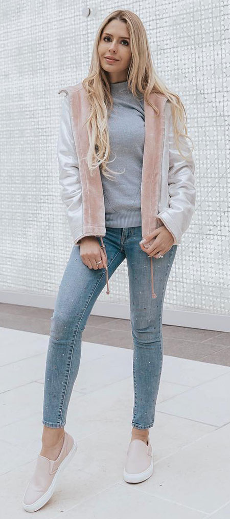 Find casual outfits winter to spring casual outfits and celebrity casual outfits. See 28 Best Comfy Casual Outfits to Wear Every Day of February. dressie casual outfits   party outfits casual   casual autumn outfits   casual fall outfits   casual tshirt outfit   Casual Fashion via higiggle.com #fashion #stle #casualoutfits #comfy