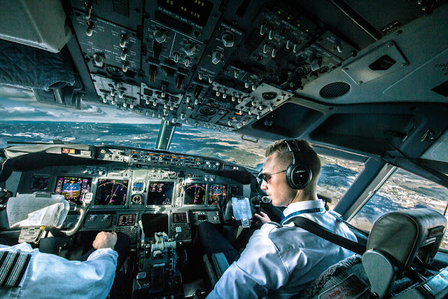 Aircraft Cockpit Sounds