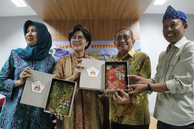 gresik24jam - DPRD Gresik Akan Meniru Tata Kelola Wisata di Bandung