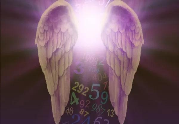 Kuptimi i Shenjtë i Numrave-Ëngjëll