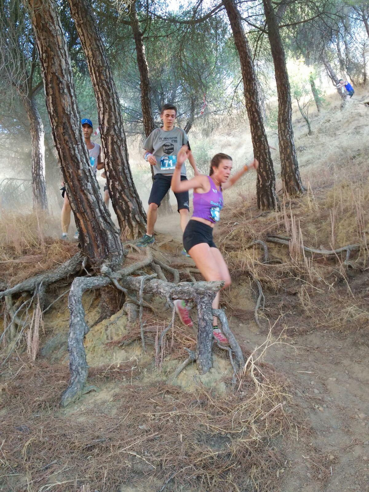 Laura González, ganadora de los 10 KM Las Barranqueras. /TRAILCYL