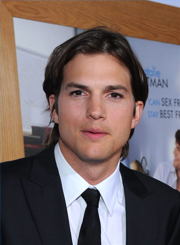 28 Hairstyles Ashton Kutcher Has Worn In Movies | Hairstylo