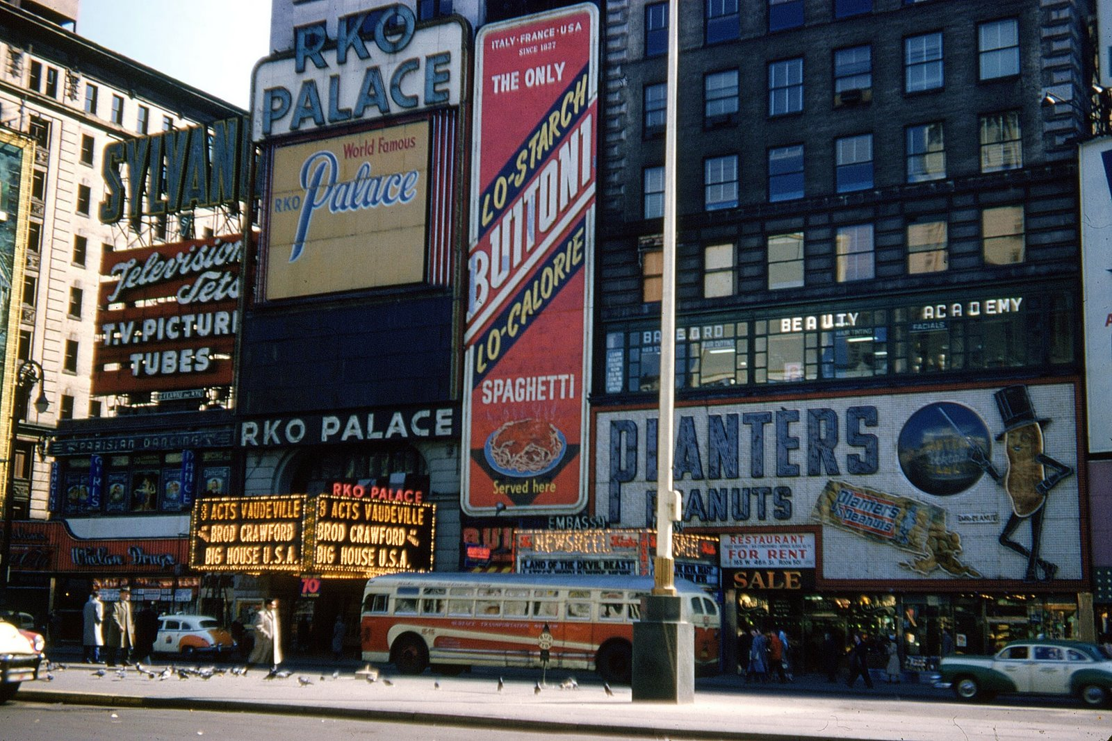 Kodachrome Slides Of New York From The 1940s And 1960s
