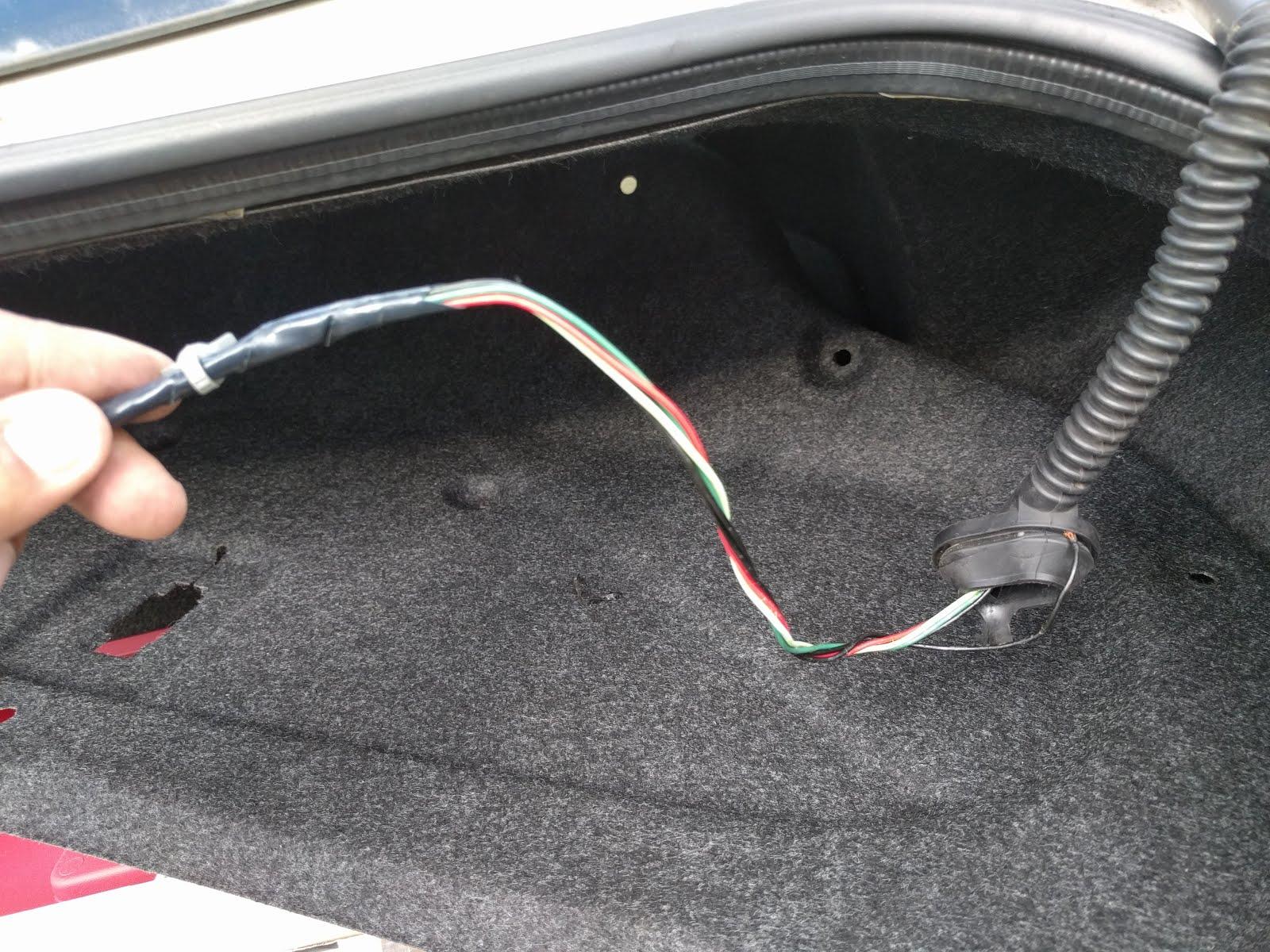 aravinda777: Infiniti G35 Coupe trunk not opening - Fix on