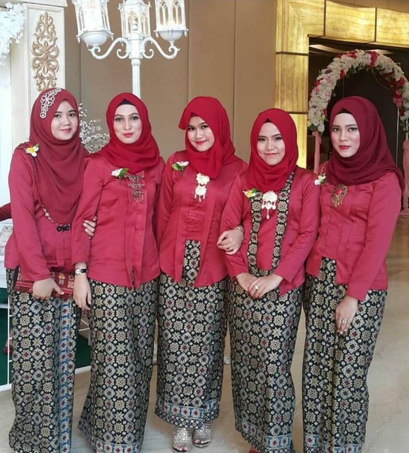 Tutorial Hijab Untuk Kebaya Kutu Baru Hijab Review
