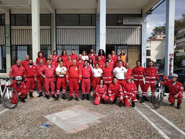 Σημαντική συμβολή των εθελοντών του Ερυθρού Σταυρού στον Μαραθώνιο Ναυπλίου