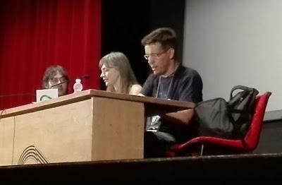 Francesca Haig y Jorge Ivan Argaiz presentando El Sermon de Fuego