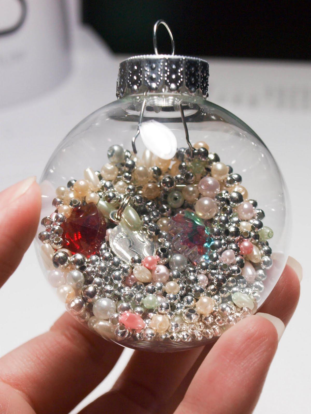 Cook~Love~Craft: DIY I-Spy Ornament for Kids