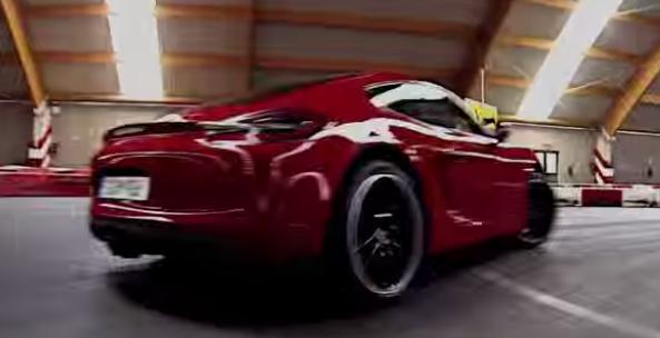 Τα παιχνίδια μίας Porsche Cayman σε πίστα Go-Kart