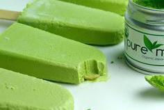 Creamy Matcha Green Tea Popsicles – Dairy-Free and Sugar-Free