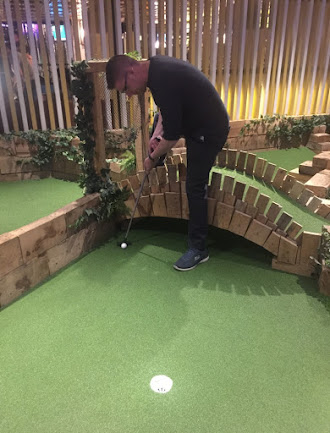 Swingers Crazy Golf course in London. Photo by Gareth Holmes