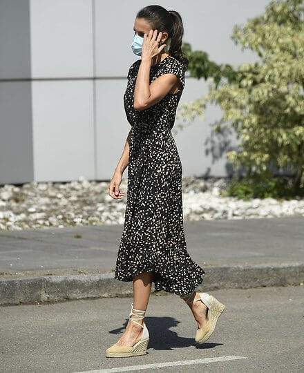 Queen Letizia wore a polka-dot print dress from Massimo Dutti, and suede espadrille wedges from Mint and Rose. Cantabrian Sea, Bay of Biscay