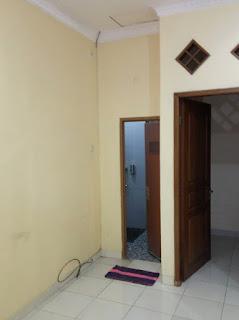 Ruangan sebelum terpasang tv kabinet