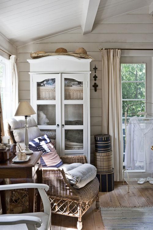 Scandinavian Small House Design: Small Scandinavian Summer House ♥ Малка скандинавска лятна