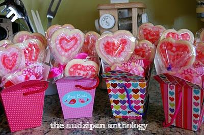 the audzipan anthology Valentine Sugar Cookie Pops