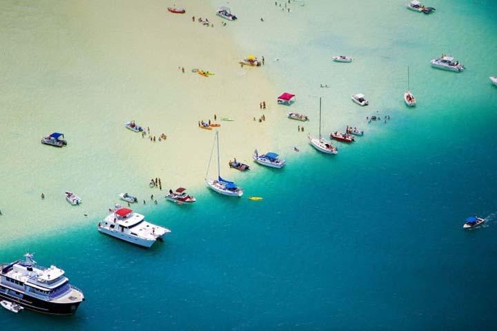 deniz üstünde tekneler ve yaz resimleri