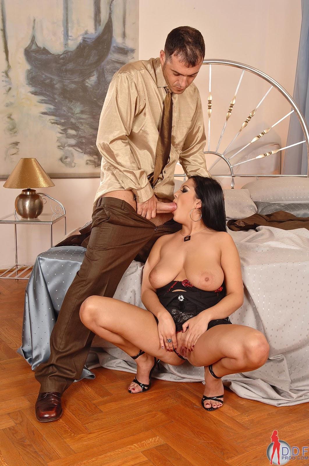 Зрелая клубничка фото старушки, секс как сосать хуй чтобы понравилась мужику